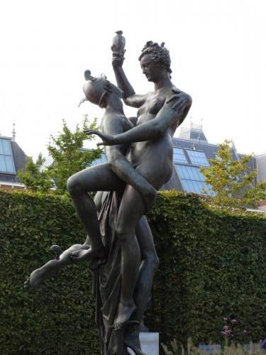 Sculpture in in Museumplein Park